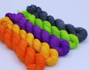 Mini Set Crafty Sock - Superwash Merino / Nylon Sock Yarn - Spooktacular