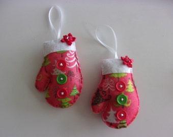"Set of 2 Handmade Mitten Printed  Ornaments 4""hx3'w"