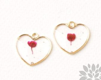 P965-03-RD / / doré encadré pendentif coeur véritable pressé rouge fleur séchée, 2p.