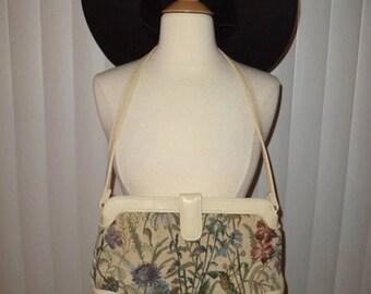 Vintage 1980's Boho Floral Botanical Garden Taspetry Shoulder Bag Purse