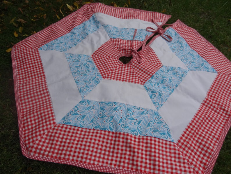 PATTERN for Simple Christmas Tree Skirt image 0