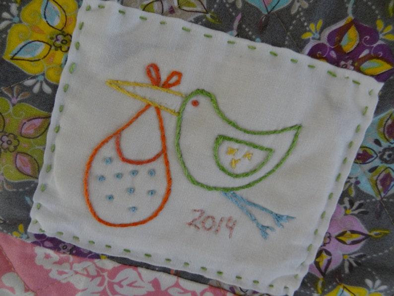 PDF embroidery pattern for quilt label. Baby quilt label. image 1