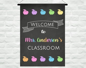 Personalized Teacher Classroom Flag, Custom Teacher Classroom Gift, Chalkboard Classroom Decor,  Apple Teacher Present, Back to School Gift