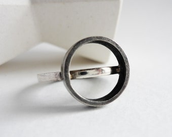 Two textures ring and top circle, black and white silver band for women, minimalist high arm ring gift for woman