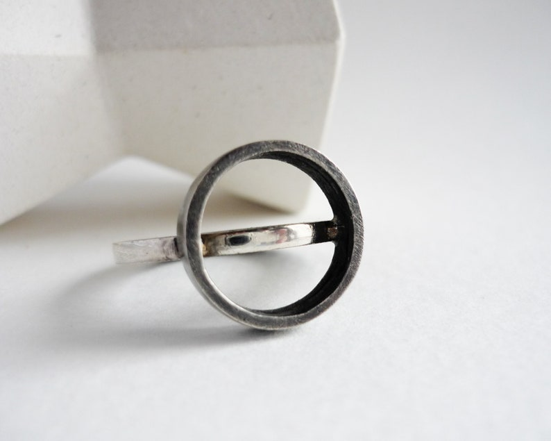 Two textures ring and top circle black and white silver band image 0