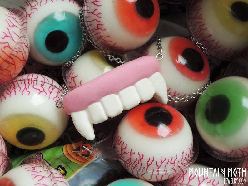 Vampire Gum Dentures Fangs Teeth Halloween Candy Sweets Trick image 0