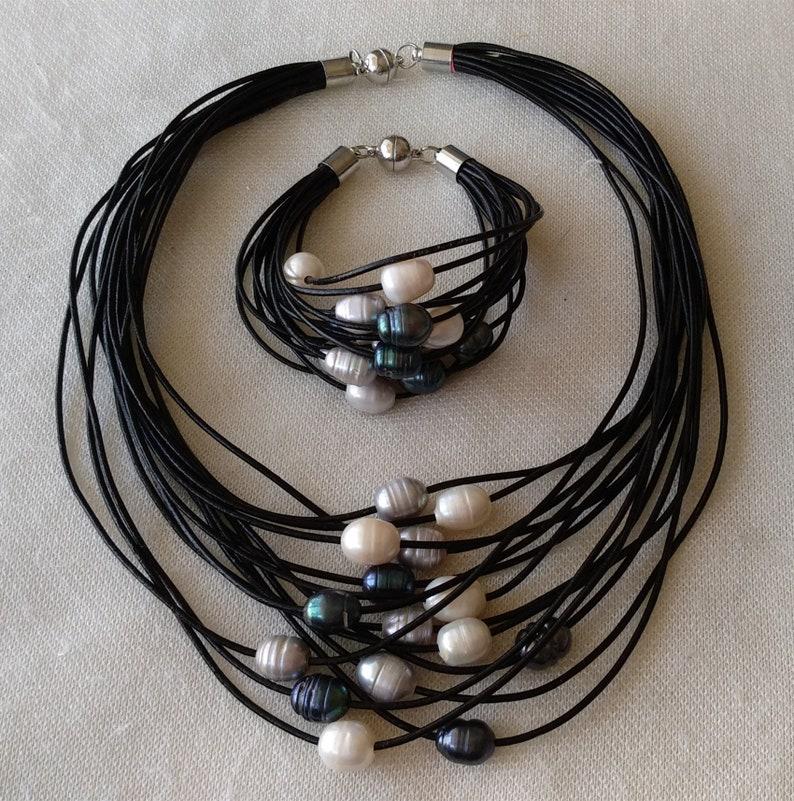 PEARL NECKLACE 15 strands black Leather Rope /& white gray black multi-color Freshwater Pearl Necklacebracelet set