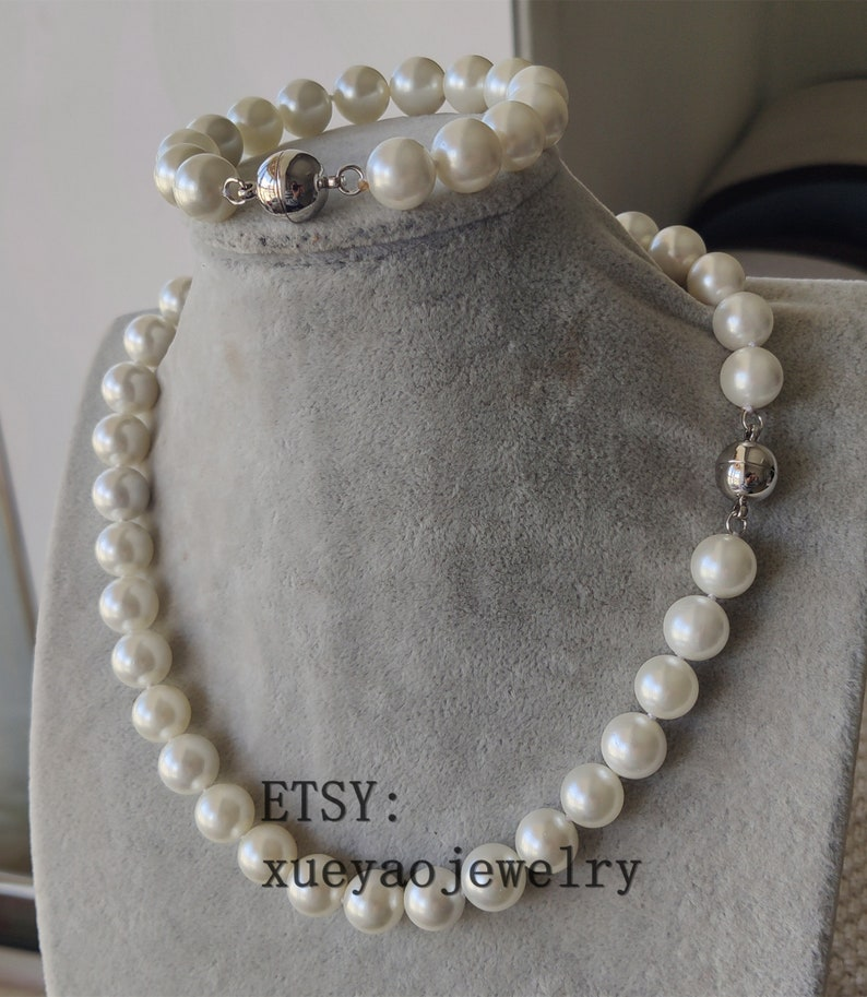 12 mm white shell pearl necklace /& bracelet set Jewelry Set