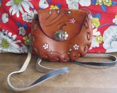 Vintage 1980 39 s Hand-Tooled Made in Mexico Hand-Painted Leather Crossbody Purse