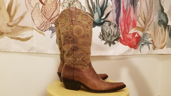 Vintage 1990's Women's Tapestry Cowboy Boots, Size