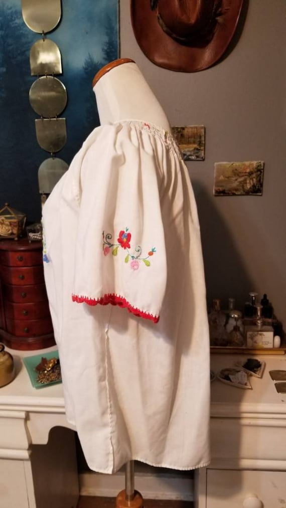 Vintage Hungarian Embroidered Floral Blouse, Free… - image 2