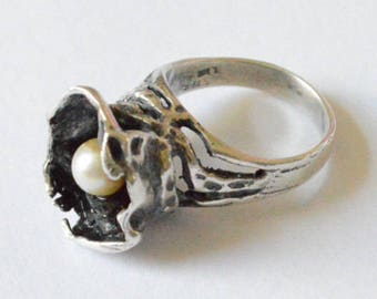 Vintage Sterling Silver Genuine Pearl in Nest Signed LIR or L&R Artisan Ring Size 6