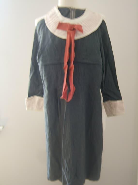 1930s junior DRESS Antique gray wool round white c