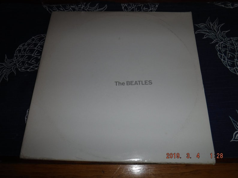 The Beatles white album SEBX-2-11841-j6-Ml Not for sale promotional album  w/photos and poster