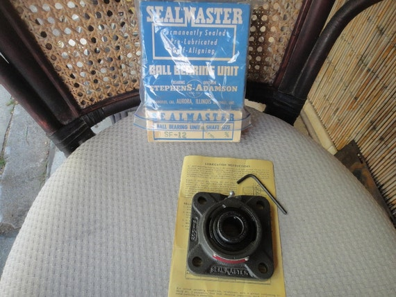 NEW IN BOX SF12 SEALMASTER SF-12