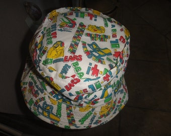 Vintage YA Roll-up hat made in Korea size Large Bears in the Air A Big 10-4
