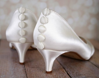 Wide wedding shoes   Etsy