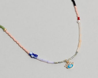 Colorful Pearl Beaded necklace with enamel eye charm. Mixed Beaded Choker, Pearl Necklace - No02 - RECREO collection