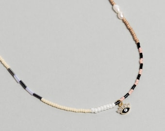 Colorful Pearl Beaded necklace with enamel eye charm. Mixed Beaded Choker, Pearl Necklace - No05 - RECREO collection