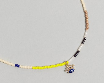 Colorful Pearl Beaded necklace with enamel eye charm. Mixed Beaded Choker, Pearl Necklace - No04 - RECREO collection