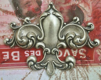 Neo Victorian Fleur de Lis brass stamping, Brass Ox, Brass Stampings, crafting and jewelry making, Scrapbooking, Supplies