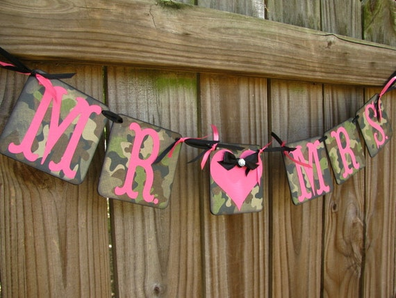 Mr And Mrs Camo Banner Camo And Fuchsia Camouflage Wedding Etsy