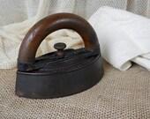 Antique Sad Iron, Enterprise No. 55, Detachable Wood Handle, Antique Clothes Iron, Wood Handled Iron, Size 3, Primitive Laundry Decor
