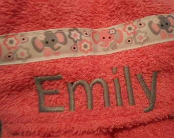 Personalized Baby Toddler Youth Hooded Towel