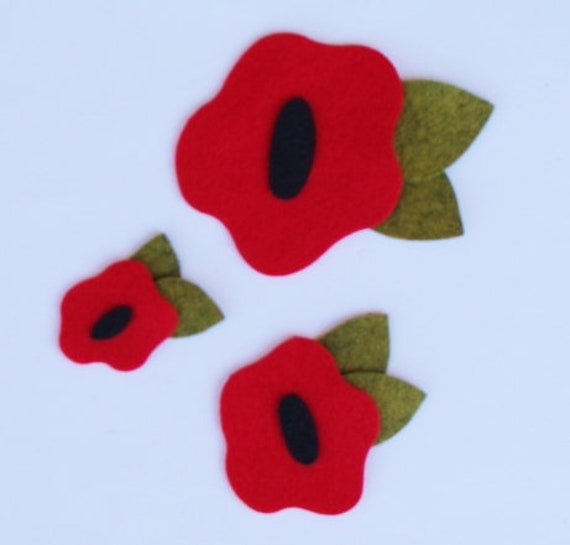 Wool Blend WHITE FELT Poppies With Leaves x4 Handcrafted Embellishments