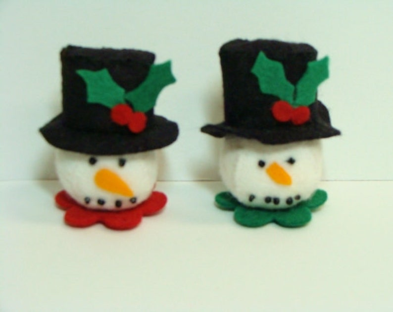 Makes 2 or Bunny Shelf Sitters 2-12 by 2 DIY Hand Sewing Kit with Precut Wool Blend Felt Pieces Little 3D-Snowball Snowmen,Witches