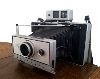 Vintage Polaroid Camera 1970s Automatic 350 Land Edition with Black Cover, Leather Strap and Original Box