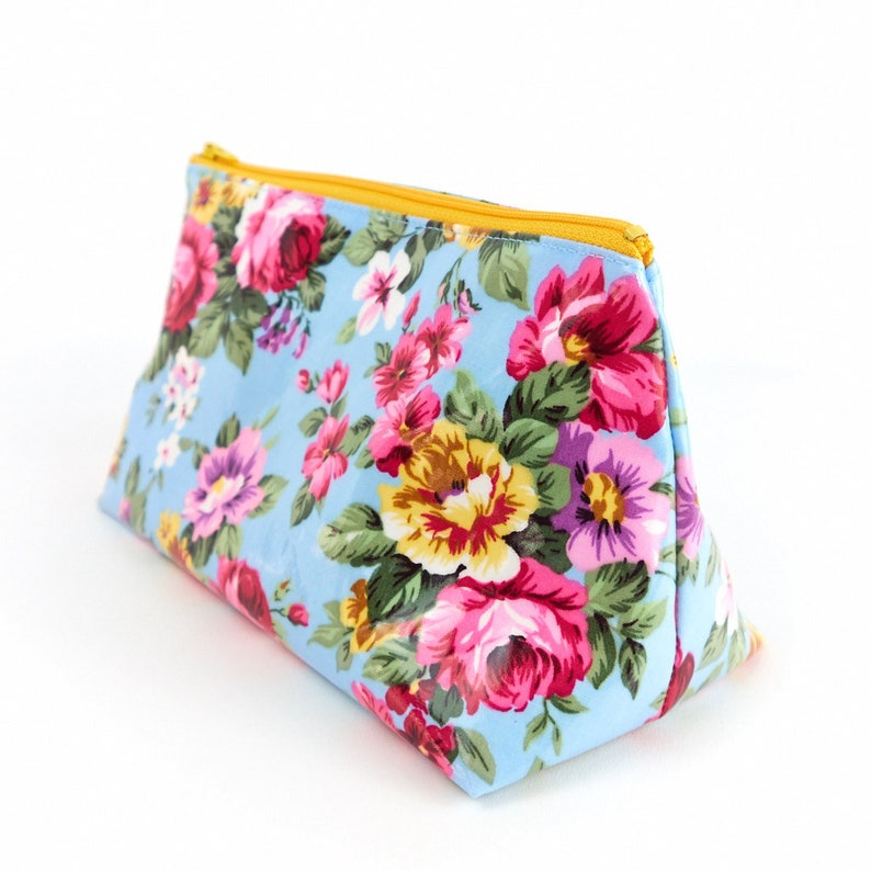 Rose Oilcloth Fabric Cosmetic Bag Set Waterproof Bags Small or image 0