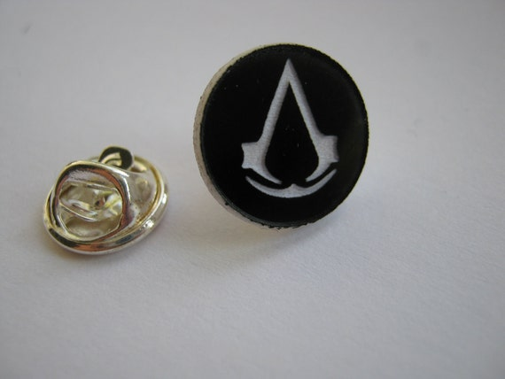 Assassins Creed Syndicate Official Metal Pin - NEW - Ezio