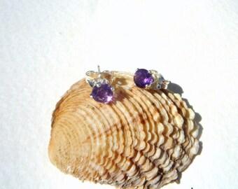 Amethyst stud earrings. Post earrings, Sterling Silver Amethyst earrings.Gemstone earrings.Purple earrings. Dainty earrings.