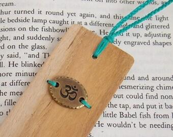 Aum Wooden Bookmark, Yoga Bookmark, Yoga Teacher Gift, Positive Energy Bookmark, Personalized Bookmark, Meditation Bookmark, Librarian Gift