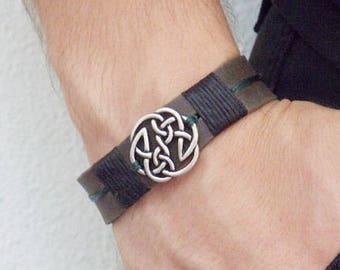 Men's Celtic Bracelet, Viking Shield Bracelet, Celtic Leather Bracelet, Pagan Men's Bracelet, Leather Celtic Cuff, Knotwork Bracelet Cuff
