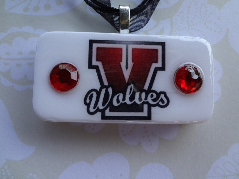Vanoss Wolves School Pride Pendant with matching ribbon and cord necklace  item 618