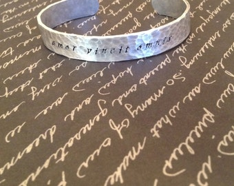 Amor Vincit Omnia - Love Conquers All. Latin Quote. Hand Stamped Bangle, Choice of Hammered or Smooth Texture, FREE SHIPPING and gift wrap