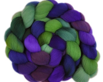 Hand dyed roving -  Targhee wool spinning fiber - 4.0 ounces - Concord Grapevine 2