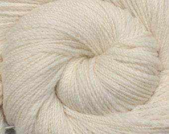 Handspun yarn - Natural Color Merino wool, Fine Sport weight - 605 yards - Natural White 1