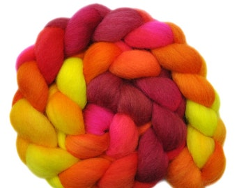 Hand Dyed roving - Gotland wool spinning fiber - 4.0 ounces - Make a Distraction 1