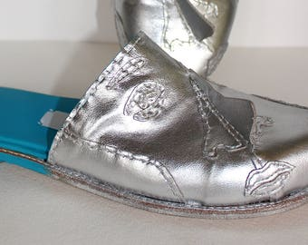 ce77ef3b271 Silver Hand Made Avant Garde Face Shoes   silver leather