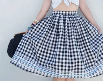Vintage 1950s inspired gingham full skirt