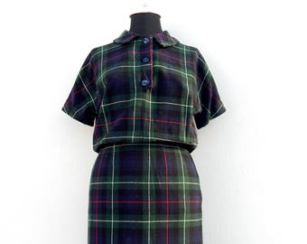 Vintage 50s 60s wool shirtwaist plaid dress with peter pan collar
