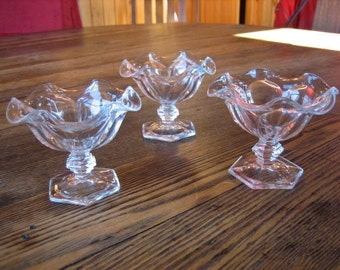 "3 Heisey Glass Colonial Puritan Low 3"" Sherbet Dessert Dishes w Crimped Edges"