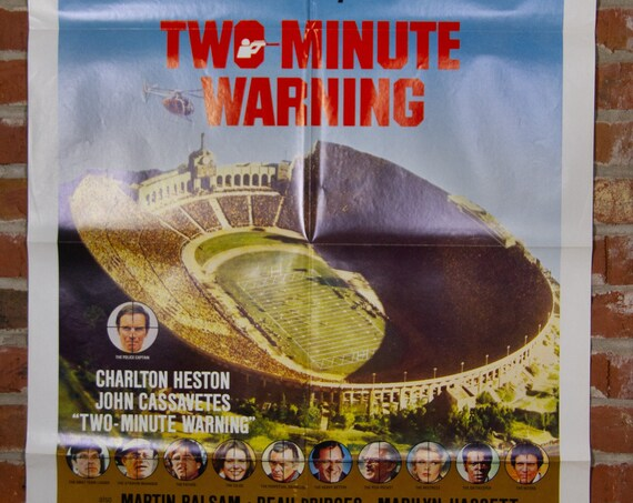 """Two Minute Warning Movie Poster from 1976 - Original 27"""" X 41"""" (1) Sheet Folded Poster - Action, Crime, Drama, Football"""