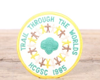 Vintage Girl Scout Patch / 1985 Trail Through The Worlds HCGSC / Girl Scout Patch / Boy Scout Patch / Grunge Patch