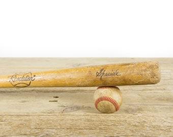 Vintage Wooden Baseball Bat / Baseball Decor / Brown and Black Antique Baseball bat / Wood Bat / Sports Decorations / Retro Wooden Bat