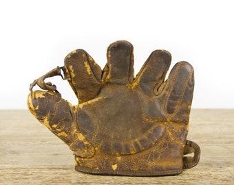 Vintage Leather Baseball Glove / Old Vintage Leather Baseball Glove / Antique Baseball Room Decor / Early Baseball Glove