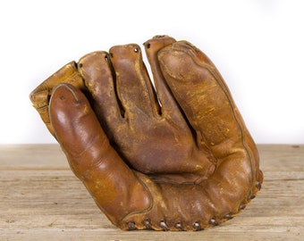Antique Leather Baseball Glove / Old Baseball Mitt / Vintage Leather Baseball Glove / Baseball Room Decor / Sports Decor / Collectible